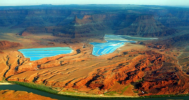 Potash mining operation near Canyonlands National Park (Robert Harbison, Christian Science Monitor)