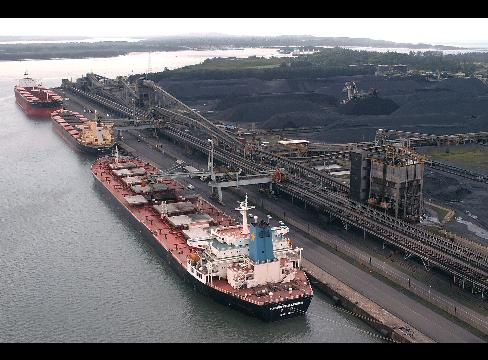 The coal industry needs more coal export terminals on the west coast (Photo by Earth First Journal)